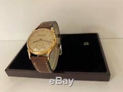 Jaeger Lecoultre montre en or 18k