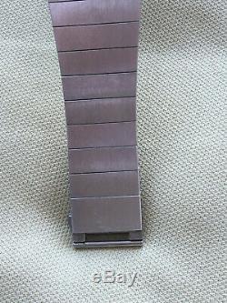 Montre JAEGER LECOULTRE 421149 swiss made années 80(vintage) bracelet en acier
