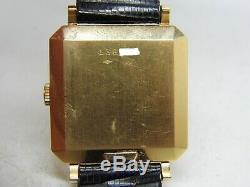 Montre JAEGER LECOULTRE AUTOMATIC en or 18k mouvement P812 vers 1940-1950