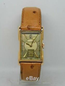 Montre JAEGER LECOULTRE UNIPLAN en or 18k 750/1000 vers 1940