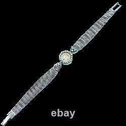 Montre Jaeger LeCoultre de dame en or gris 18 Cts et platine avec diamants