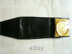 Montre reveil marque jaeger lecoultre / doré et cuir/ JAEGER LE COULTRE SUISSE